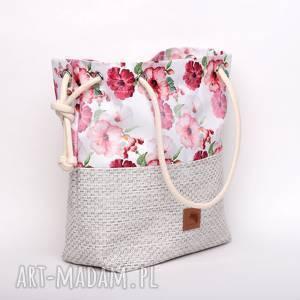 Torebka worek w piękny kwiatowy wzór, rączki ze sznurka , różowe, kwiaty,
