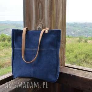 na ramię zamszowa torebka z kieszeniami, miejska torebka, lato