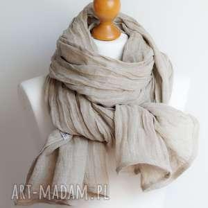 szal lniany beżowy obszerny, modny hand made, pomysł na prezent