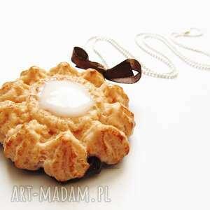 nadziewane ciastko kokosem naszyjnik, modelina, ciastko, fimo, kokos