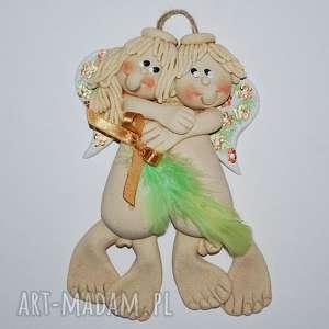 Prezent Wiosennie - zakochane aniołki, anioł, ślub, prezent, dekracja, kwiaty, pióro