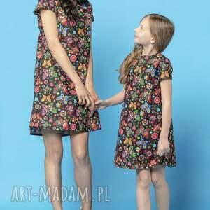 komplet letnich sukienek z kontrafałdą na plecach, model 32a, wzór łowicki