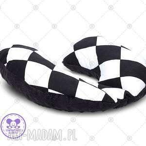 poduszka podróżna minky rogal zagłówek do fotelika rogalik - czarne romby