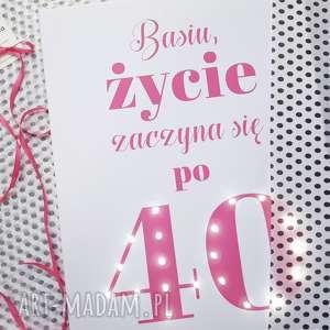Prezent ŚWIECĄCY OBRAZ LED prezent dla niej niego 30 40 50 18 urodziny lampka