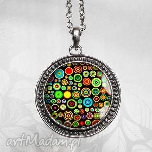 vertigo color bardzo kolorowy medalion na łańcuszku, barwny, duży, kolory, kółka