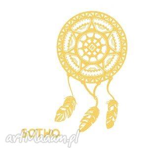 tatuaż ze zlotym metalicznym łapaczem snów, złoty dodatki