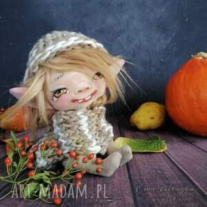 małpiatka - lalka kolekcjonerska figurka tekstylna ręcznie szyta i malowana