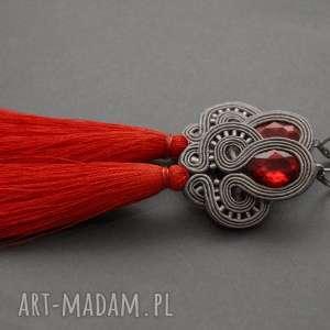 sisu szaro-czerwone kolczyki sutasz z chwostami, sznurek, eleganckie, długie