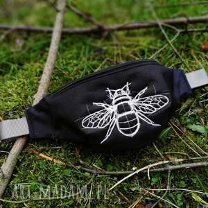 nerka pszczoła BIG, nerka, haft, pszczoła, saszetka, wodoodporna, las