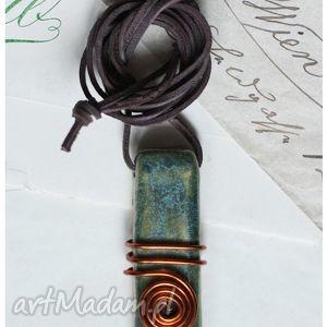 paliczek z meandrem, ceramika, wisior wisiorki biżuteria