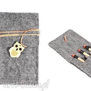 handmade etui piórnik filcowy klapka szeroki
