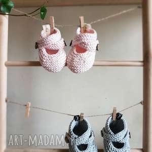 ręcznie zrobione buciki buciki, buty
