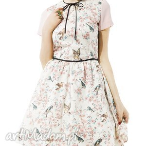 rozkloszowana sukienka w ptaszki, sukienka, rozkloszowana, dziewczęca