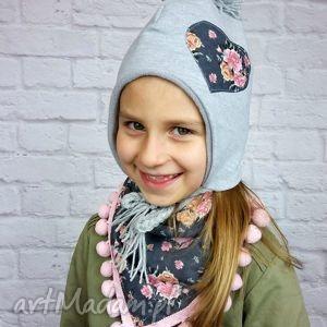 Zimowa czapka pilotka z trójkątem; szara serduszkiem, czapka, apaszka, chusta