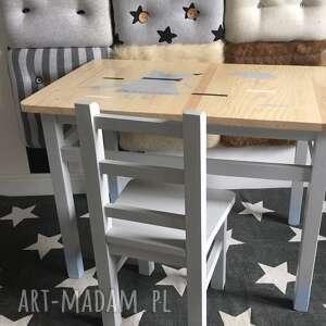 ręcznie wykonane pokoik dziecka stolik i 2 krzesełka