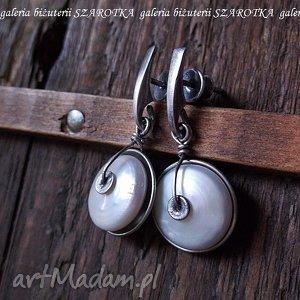 W MISECZKACH kolczyki z naturalnych pereł i srebra, perła, naturalna, hodowlana