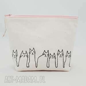 kosmetyczka kotki - ręcznie robione