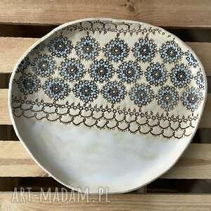 Koronka w satynowej bieli ceramika ceramystiq studio użytkowa