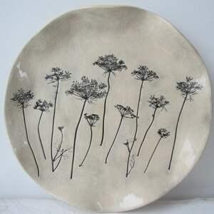 Prezent roślinna patera ceramiczna, prezent, dla-babci, talerz, ceramiczny, roślinny