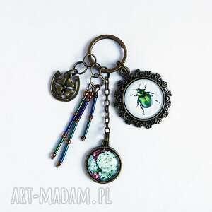 breloki breloczek - zielony żuczek, hortensja, breloczek, do kluczy, żuczek