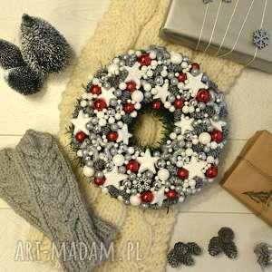 na święta upominek dekoracja , dekoracja, wianek, wieniec, święta, bozenarodzenie