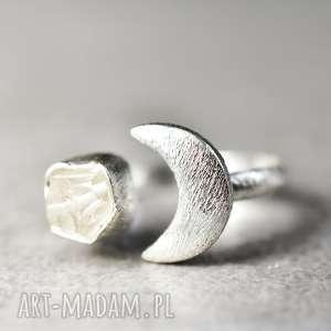 handmade pierścionki 925 srebrny pierścionek księżyc kryształ górski