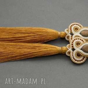 Kremowo-złote kolczyki sutasz z chwostami sisu sznurek