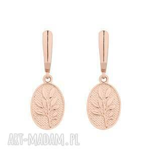 kolczyki z różowego złota medalionami