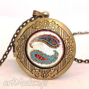 nerki - sekretnik z łańcuszkiem - orientalny, medalion, prezent