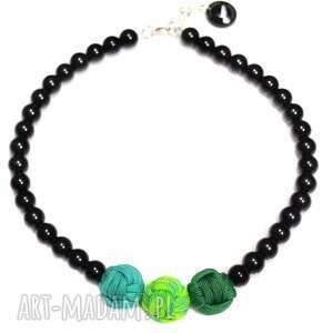 Q-lki No 4, nowoczesny, naszyjnik, korale, kulki, perły, sportowy