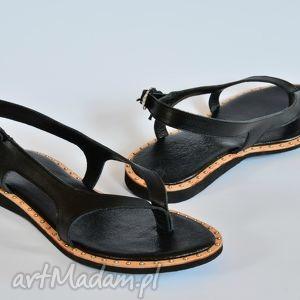 ręcznie wykonane buty góralskie sandały