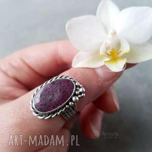 pierścionki rubinowa pianka