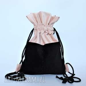 Plecak BBAG Doll, plecak, worek, pluszowy, zamszowy, aksamitny, falbanką