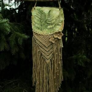 dekoracje makrama kwitnąca paproć, makrama, las