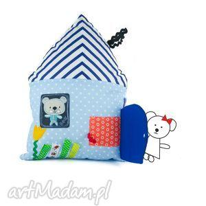 domek sensoryczny, mały, domek, zabawka, przytulanka, miś, zmysł, prezent