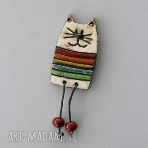 ręcznie wykonane broszki kiciuś - broszka ceramiczna