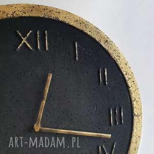 Zegar ścienny betonowy handmade z betonu grafitowy złoty roman