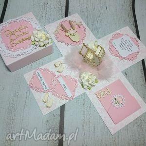Eksplodujące pudełeczko - kartka, eksplodujące, pudełko, chrzest, komunia, ślub