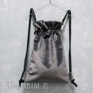 plecaki bbag mellow, plecak, worek, szary, urodziny, askamitny, welurowy