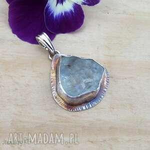 surowy błękitny topaz - wisior, wisior srebrny, biżuteria srebrna, kamień