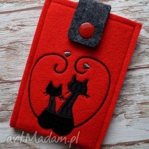 filcowe etui na telefon - zakochane koty, etui, telefon, smartfon, filcowe, haft