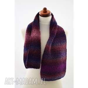 Prezent szalik we fioletach, szal, ciepły, cieniowany, zima