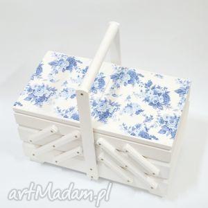 pudełka niciarka róże niebieskie, niciarka, dla-mamy, dlakobiety, prezent