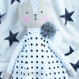 kuferek-malucha lalka przytulanka kotek, maskotka