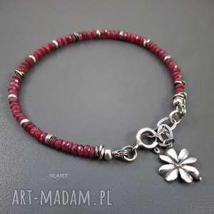 Rubin z koniczynką, rubin, srebro