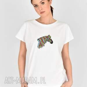 handmade koszulki tiszert biały malowany kolorowa zebra