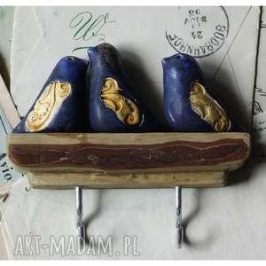 handmade ceramika wieszak z 3 ptaszkami granatowo-złotymi