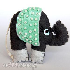 cekinowy słoń - broszka z filcu - słoń, broszka, filc, cekiny