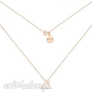 naszyjnik z różowego złota trójkątem, modny, minimalistyczny, geometryczny