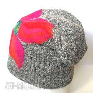 czapka wełniana damska szara z kwiatem - czapka, wełna, etno, zima, kwiaty, narty
